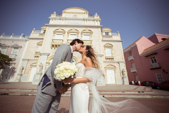 How To Plan A Destination Wedding in Cartagena By Leidis Leguia on Pagephilia